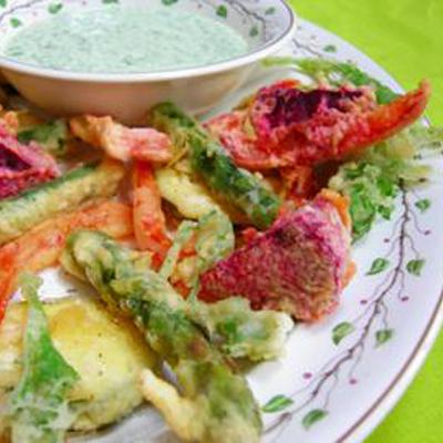 Groente-tempura met groene mayonaise