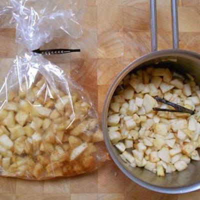 Appelmoes: zelfgemaakt versus AH ovenmix