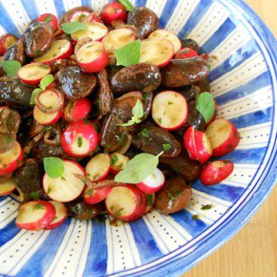 Salade van bonen met radijs