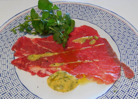 carpaccio mierikswortelsaus