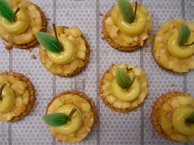 Chique appeltaartjes met blokjesappelcompote