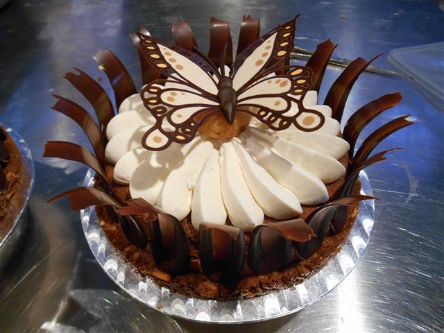 Chocolade-karameltaart (het eindresultaat).
