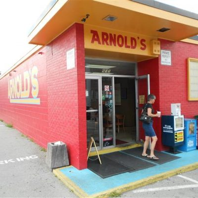 Tip Nashville: Arnold's
