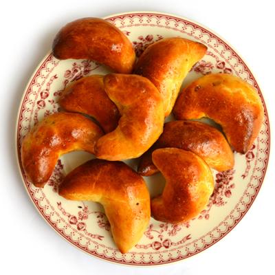 Piragi (Letse spekbroodjes)