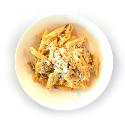 Pasta met worst en ricotta